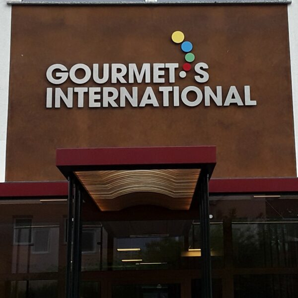 Gourmet's International